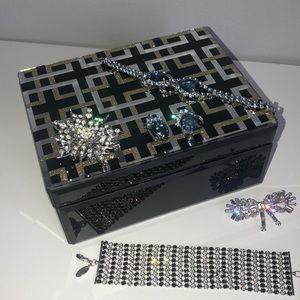 Jewelry Box Mirrored Geometric Lid